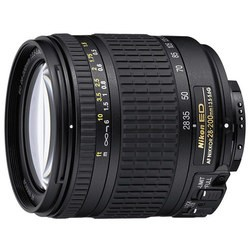 Nikon 28-200mm f/3.5-5.6G IF-ED AF Zoom-Nikkor
